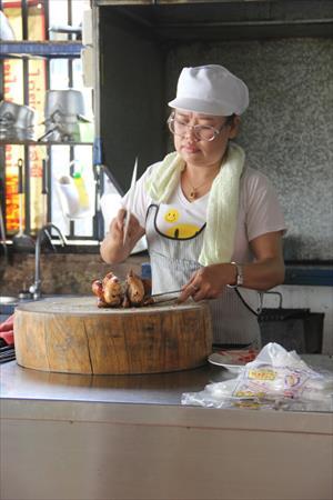 チェンマイで最高においしいSPチキンのガイヤーンご紹介