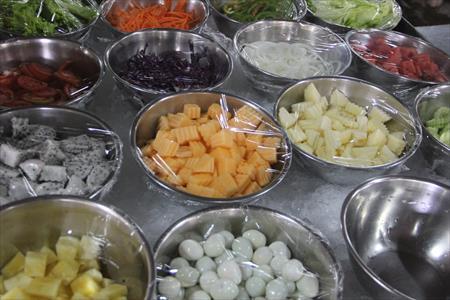 チェンマイのタイ式焼肉食べ放題ビュッフェ「千人火鍋」がコスパ最強