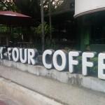 タイのローカルチェーン店「94コーヒー」ニマンヘミン通り店はゆったりできる空間