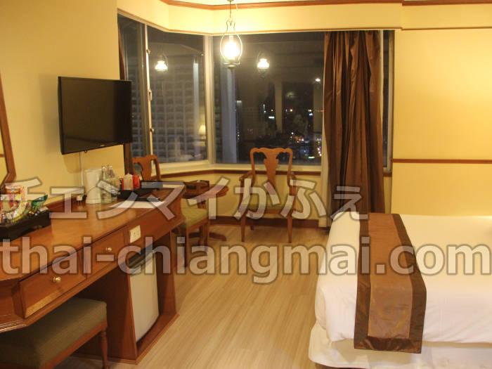 タイのチェンマイのホテル!ナイトバザール地区で立地と朝食重視の方にオススメのドゥアンタワンホテル