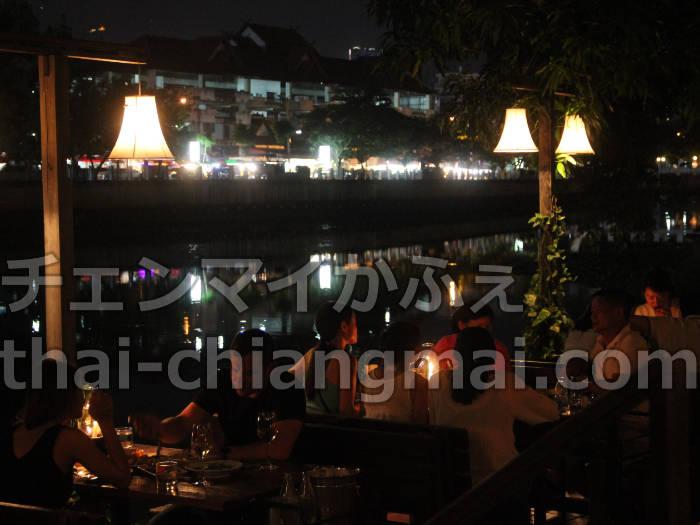 タイのチェンマイのホテル!ナイトバザール地区で立地と朝食重視の方にオススメのドゥアンタワンホテル ピン川